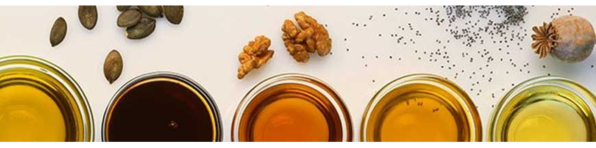 Öle und Fette: Superfoods wie unsere hochwertigen Öle und Fette haben eine positive Wirkung auf den Körper