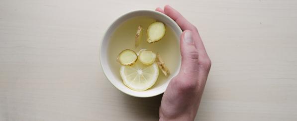 Viel trinken, zum Beispiel Ingwertee hilft bei Diabetes