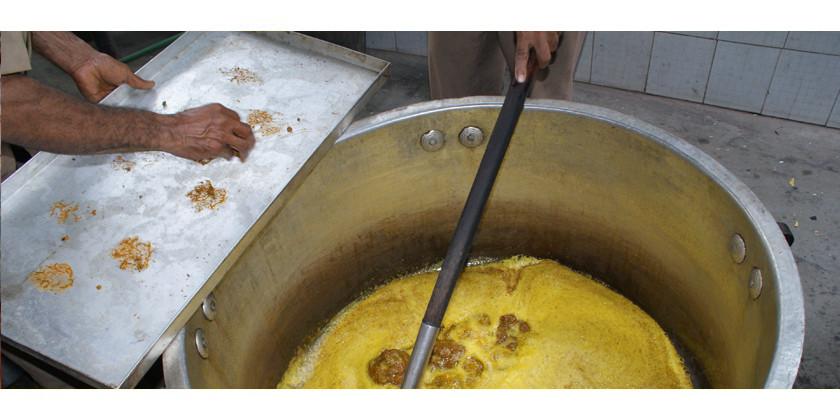 Welches ayurvedische Öl brauche ich? Ein Überblick über Doshas und die passenden Öle